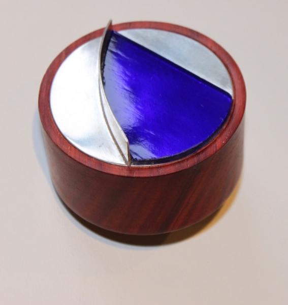 Segmented box