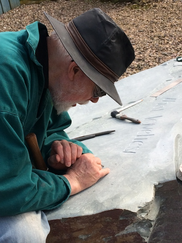 Jimmy Reynolds - hands at work